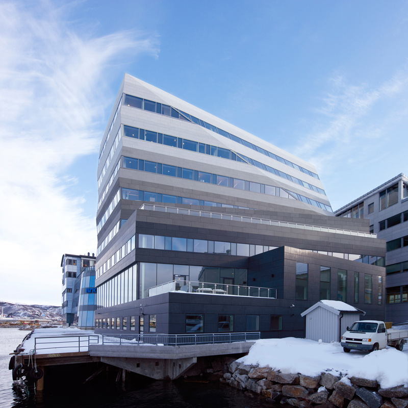 Norwegian Civil Aviation Authority HQ / Space Group