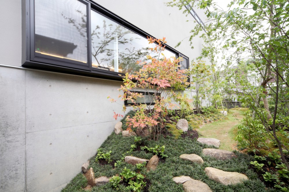 House in Senri / Shogo Iwata