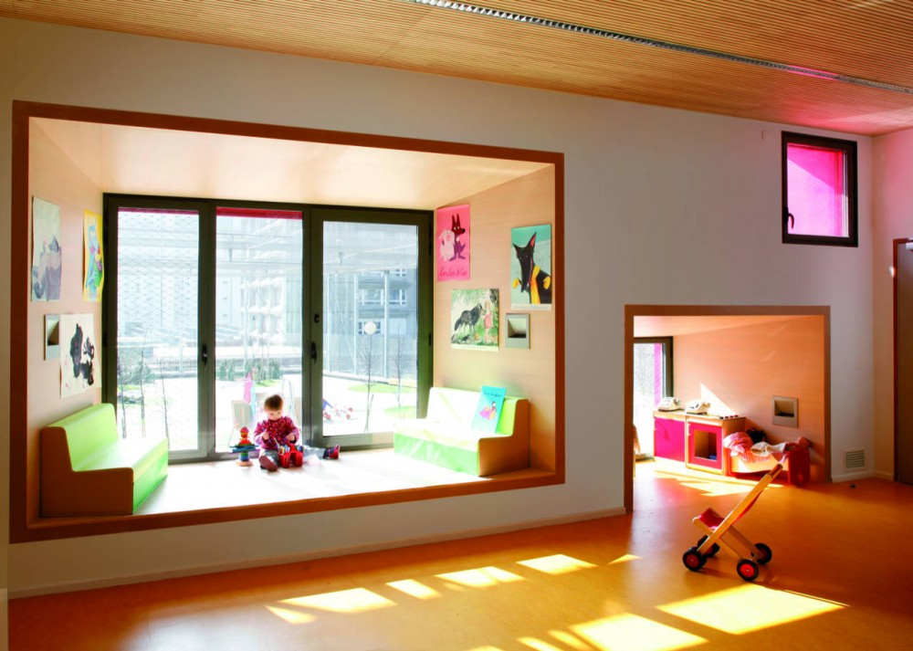 Kindergarten in Paris / Eva Samuel Architect Urbanist & Associates