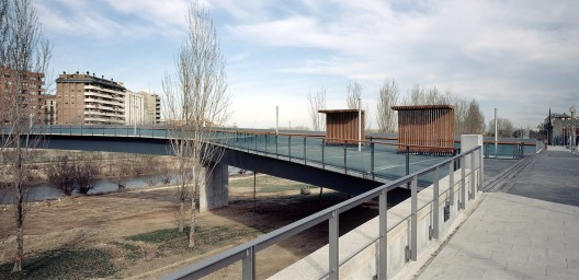 Footbridge over the River Segre / Ravetllat Ribas Architects (8) © Lourdes Jansana - Nicolás Markuerkiaga