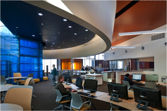 Diné College Library / DLR Group