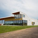 Carroll County Airpor Terminal / Modus Studio  Rett Peek