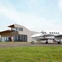 Carroll County Airpor Terminal / Modus Studio © Rett Peek