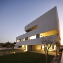 S Cube Chalet / AGi architects (3)  Nelson Garrido
