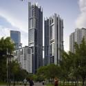 14-1307_FP428316_indesign - Aaron Pocock The Troika, Kuala Lumpur, Malaysia / Foster + Partners © Aaron Pocock