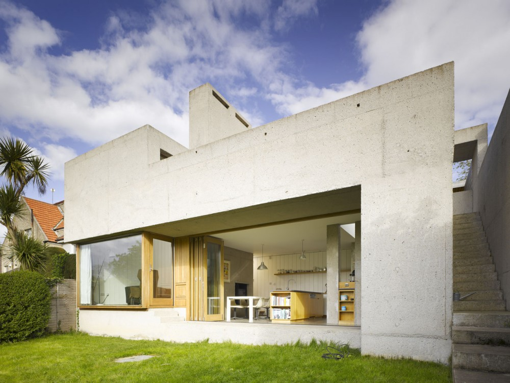 Recasting / Donaghy & Dimond Architects