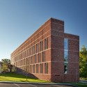 Brandeis Mandel Center / Kallmann McKinnell & Wood Architects © Anton Grassl of Esto Photographics