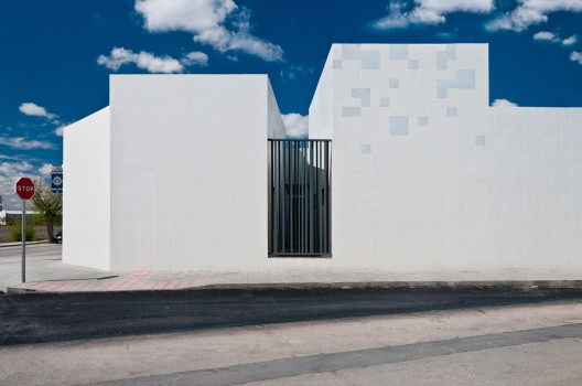 Police Station of Manzanares / Estudio Lamazeta  Antonio Arvalo