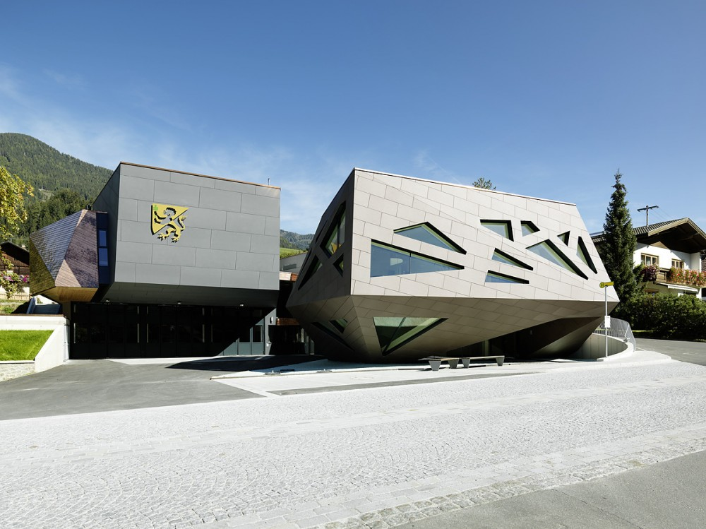Community Center in Abfaltersbach / Machn Architekten