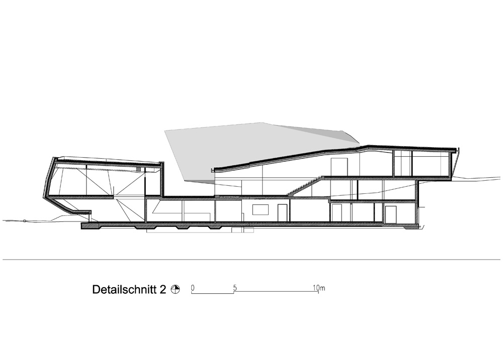 Community Center in Abfaltersbach / Machné Architekten