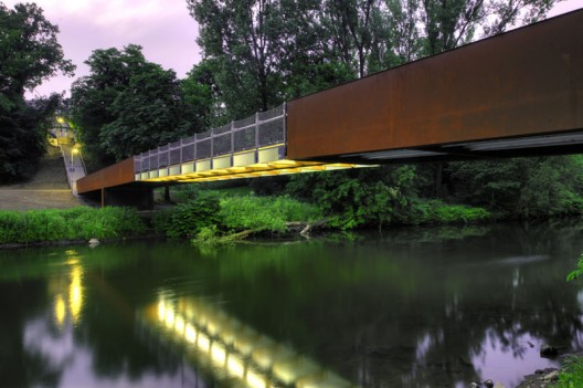 Wupper-Bridge Opladen / Agirbas &amp; Wienstroer  Thomas Mayer