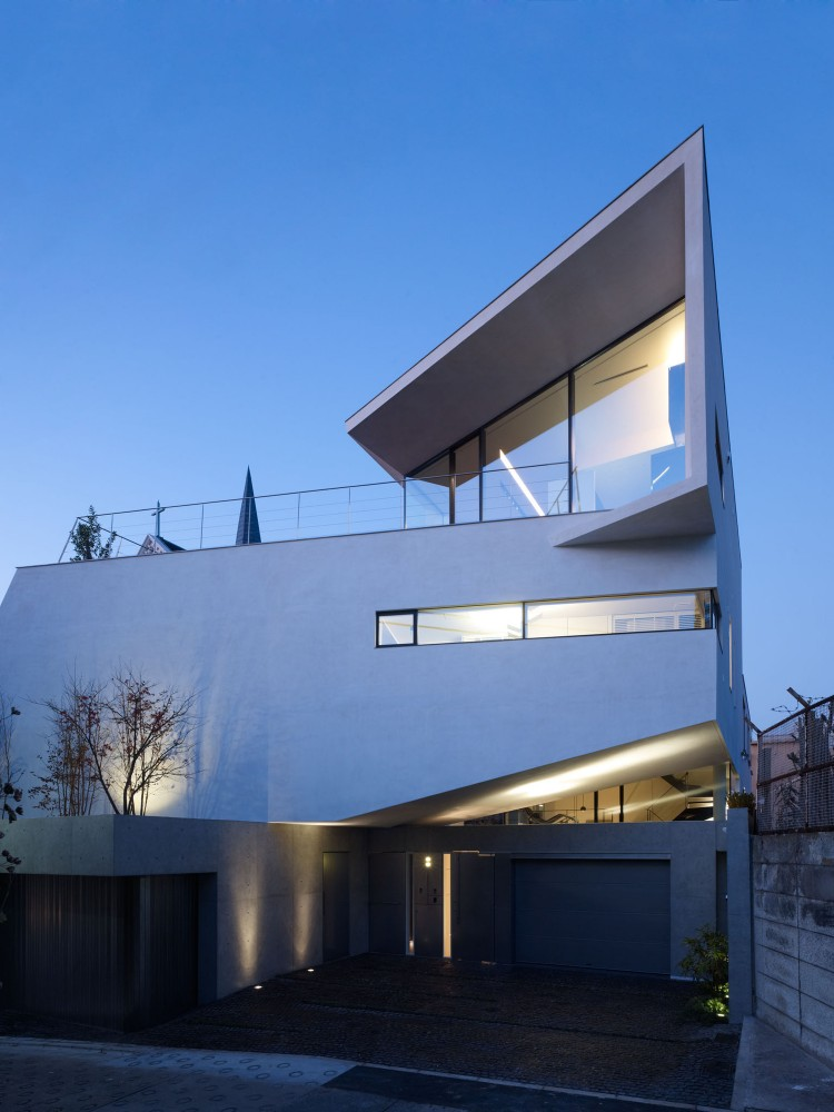 N-House / Takato Tamagami