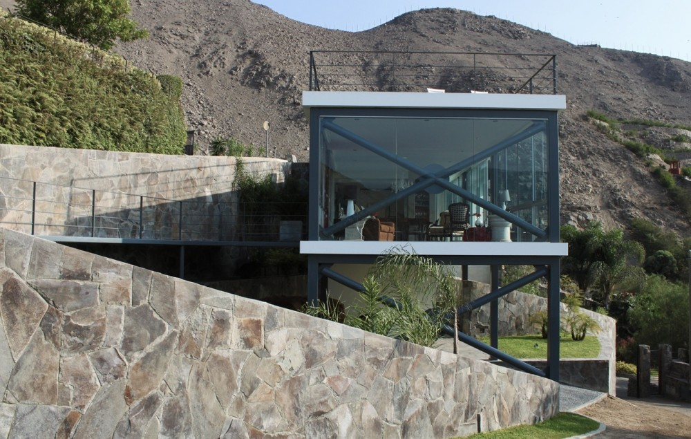 Viewpoint House / 2.8x arquitectos