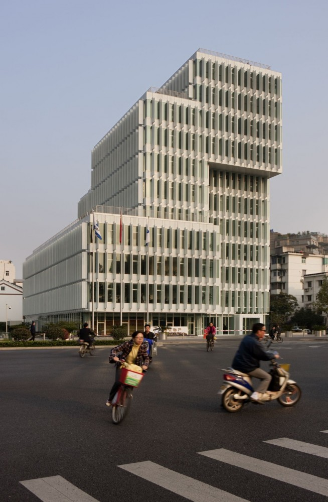 Headquarters of Zhejiang Wuchan Group / gmp architekten