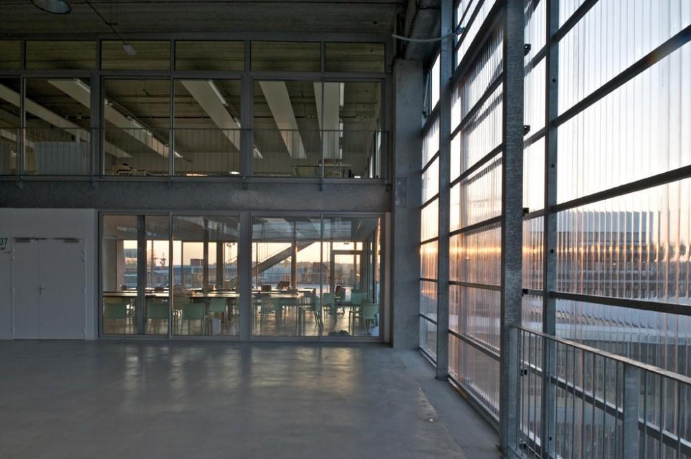 Picture of vassal for Z architecture william vassal