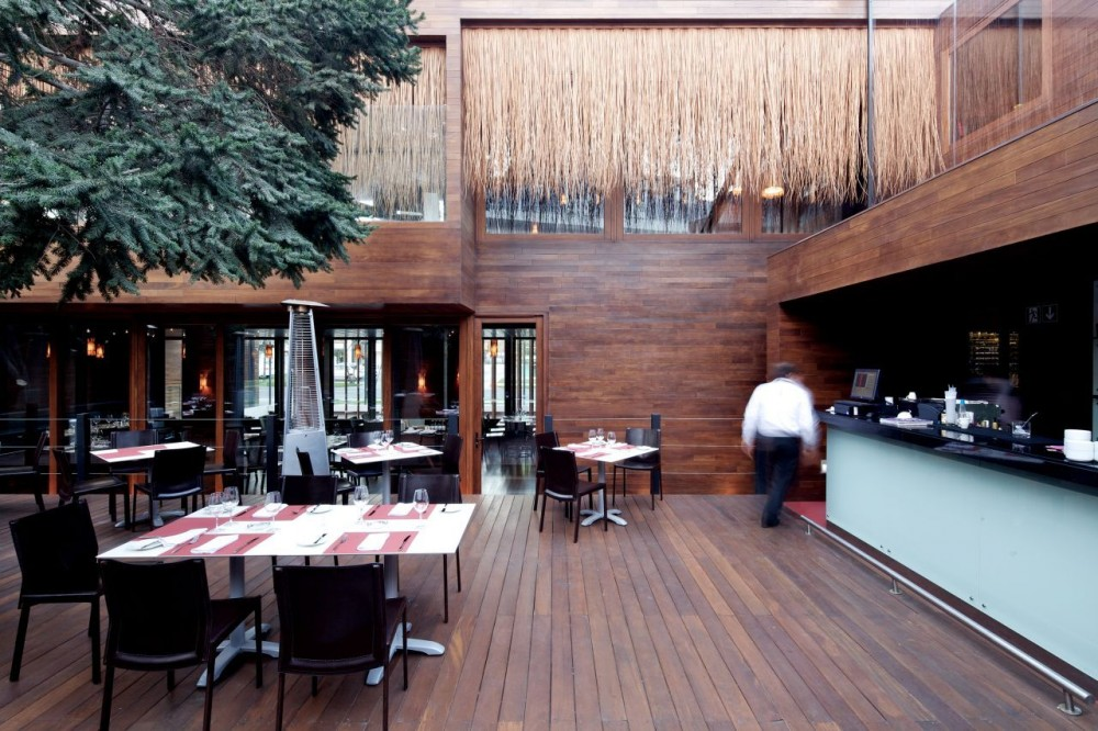 Cumar Restaurant  / Gonzalo Mardones Viviani