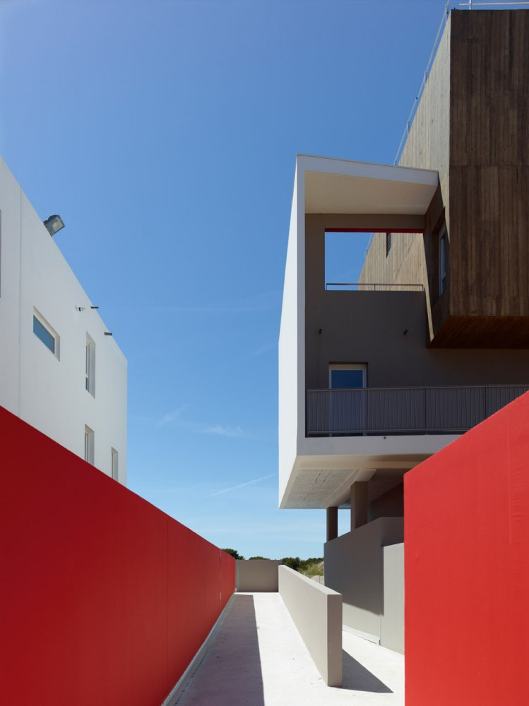 Housing Vitrolles / MDR Architectes