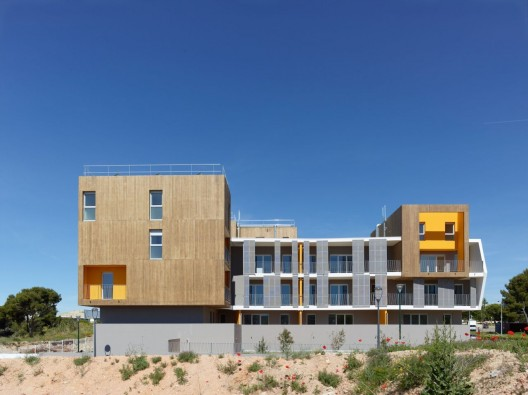 Housing Vitrolles / MDR Architectes  Stphane Chalmeau