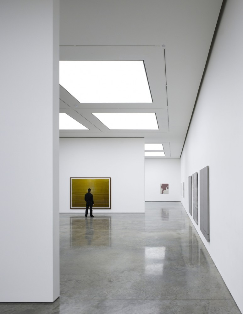 White Cube Bermondsey / Casper Mueller Kneer Architects