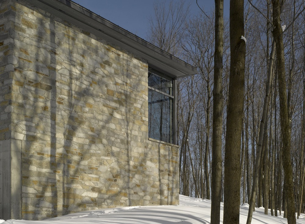 Bromont House / Paul Bernier Architecte