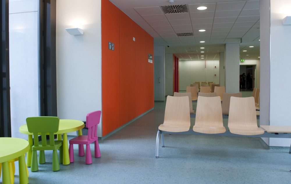 Extension and Remodeling of Hospital Sant Joan de Déu de Manresa / Estudi PSP Arquitectura