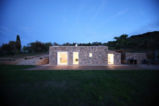 Seaside Single House / modostudio Courtesy of modostudio