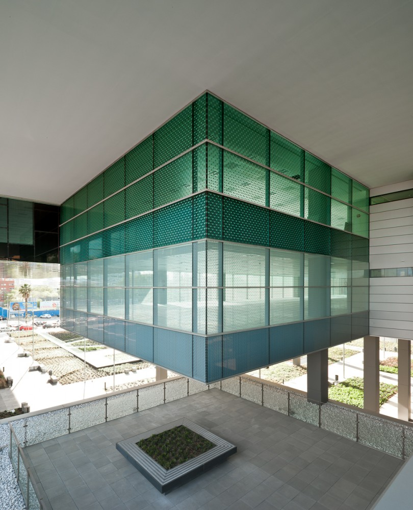 D38 Office / Arata Isozaki