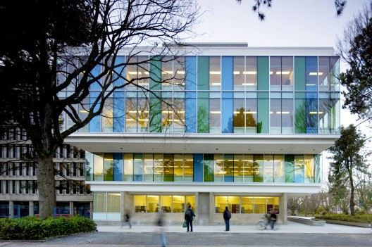 Sauder School of Business / Acton Ostry Architects © Nic Lehoux