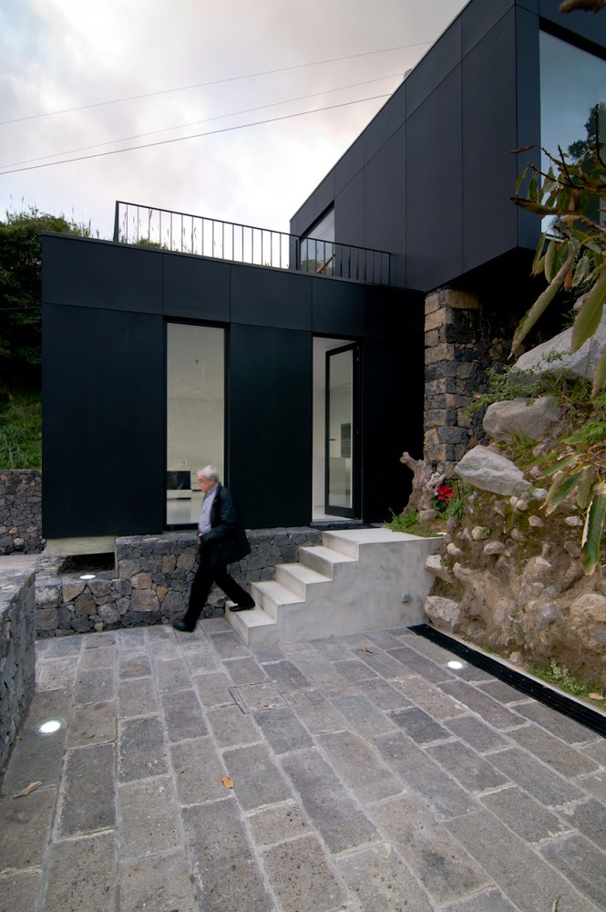 N2X035 HOUSE / N2X Arquitectos
