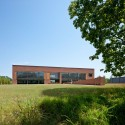 Triangle Brick Headquarters / Pearce Brinkley Cease + Lee  Jonathan Hillyer