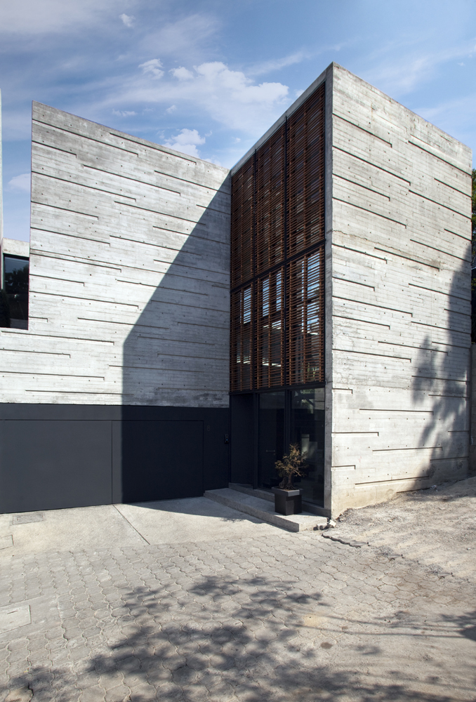 H24 House / R Zero Studio