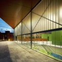 """Los Almendros"" Social Center / Ferrer Arquitectos © David Frutos"