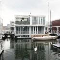 """Bienal de Venecia 2012: Pabellón Británico presenta """"Venecia para llevar"""" (4) Natación del cisne entre Waterhouses, IJburg, Waterbuurt West, Amsterdam / dRMM - Cortesía del British Council"""
