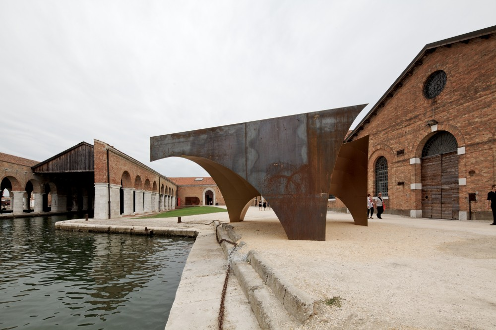 Venice Biennale 2012: Radix / Aires Mateus