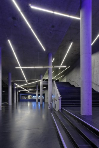 illumination small olympic hall pfarr lighting design. Black Bedroom Furniture Sets. Home Design Ideas