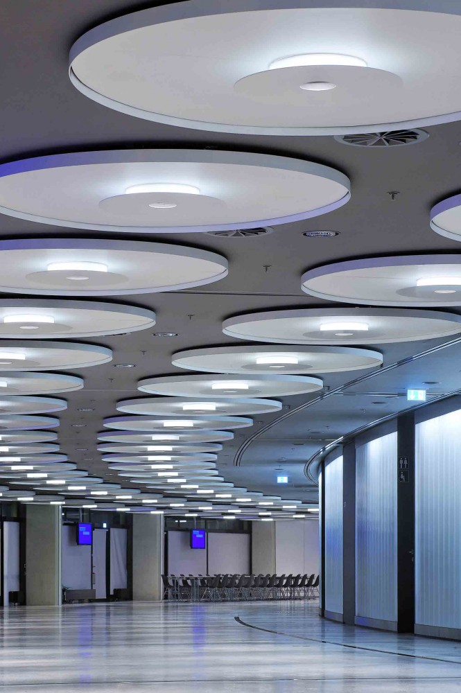Illumination: Business Area, Olympic Hall / pfarré lighting design