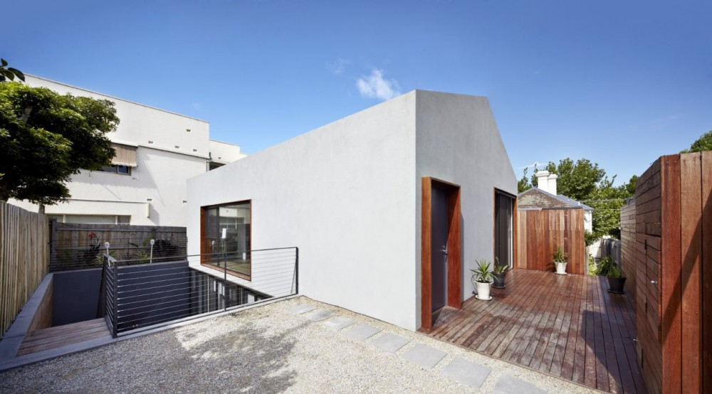 Sunken Courtyard / Gestalten
