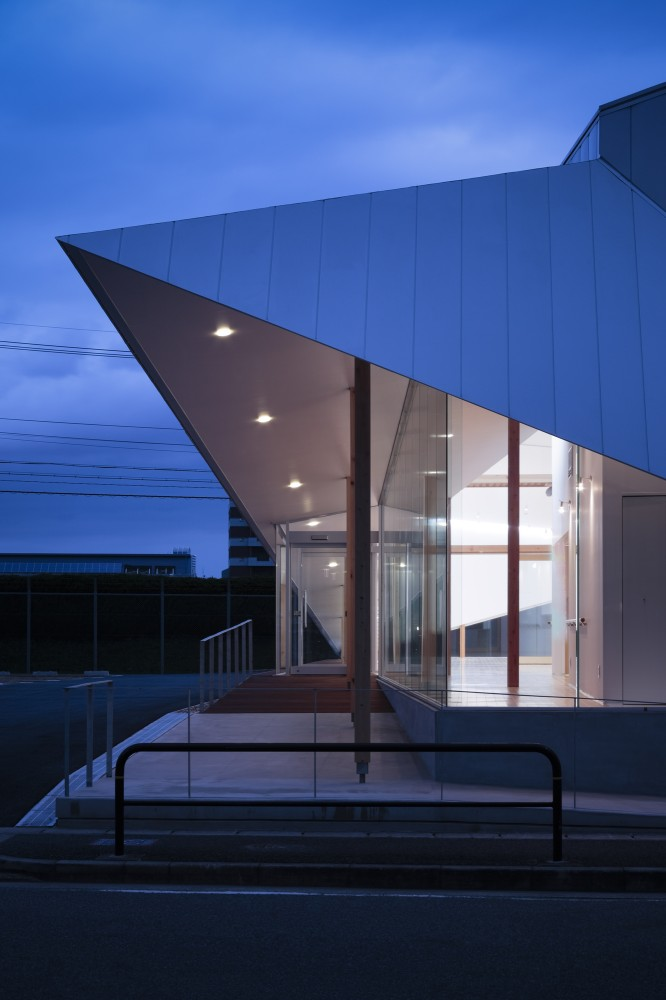 Majima Clinic / D.I.G Architects