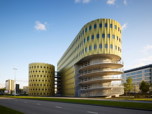 Parking garage de cope jhk architecten archdaily - Utrecht university international office ...