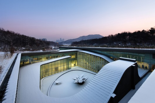 Seoul Memorial Park / Haeahn Architecture  Park Young-chae