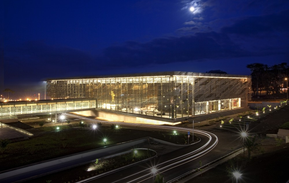 Sipopo Congress Center / Tabanlioglu Architects