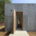 A House in Kisami / Florian Busch Architects  Hiroyasu Sakaguchi (AtoZ)