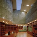 Karakida Community Center / Chiaki Arai Urban and Architecture Design © Taisuke Ogawa