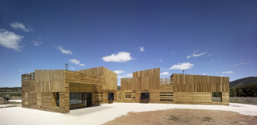 A House for Three Sisters / Blancafort-Reus Arquitectura © David Frutos