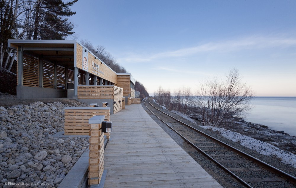 Le Massif de Charlevoix Train Station / STGM Architectes