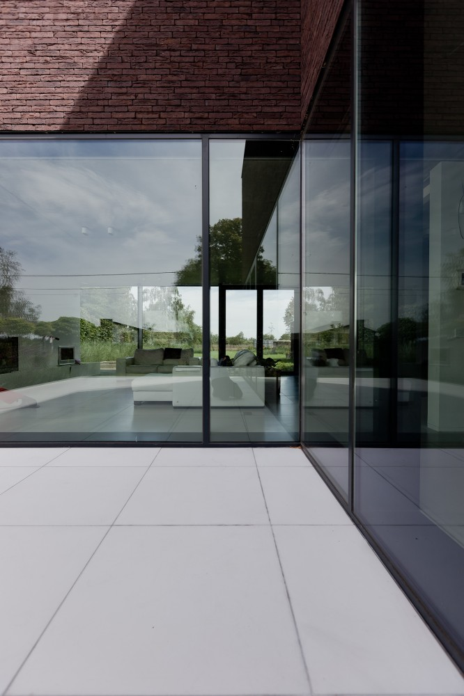 House LV / Areal Architecten