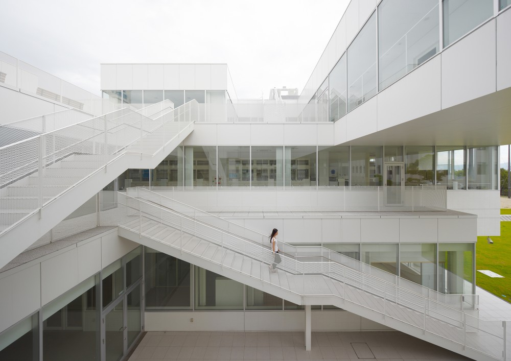 Setsunan University Hirakata / Ishimoto Architectural &#038; Engineering Firm, Inc
