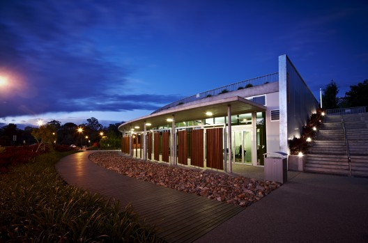 Cooroy Library / Brewster Hjorth Architects © Mushenko & Jackson