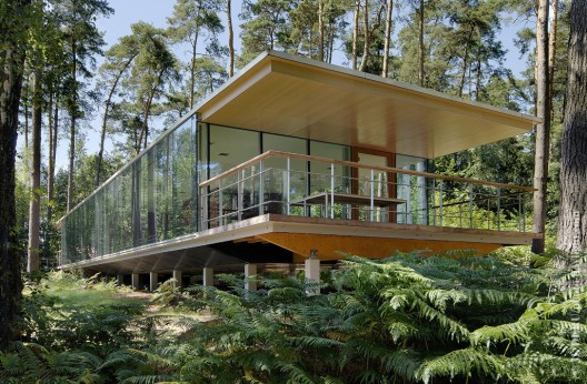 Lennox Residence / Artau Architecture Courtesy of Artau Architecture