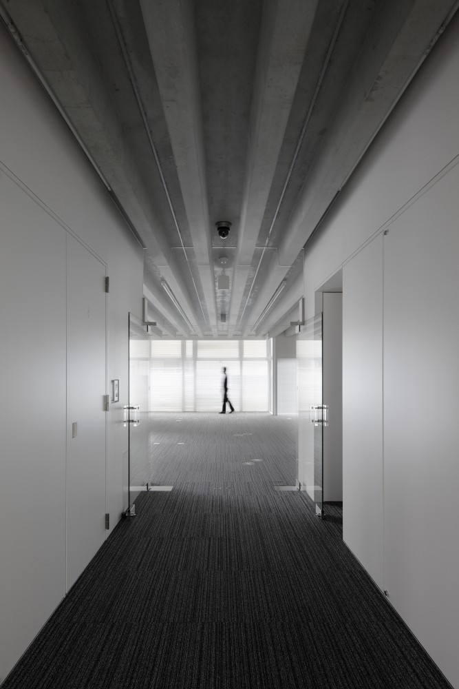 T.S.R.Building / Junichi Ito Architect &amp; Associates